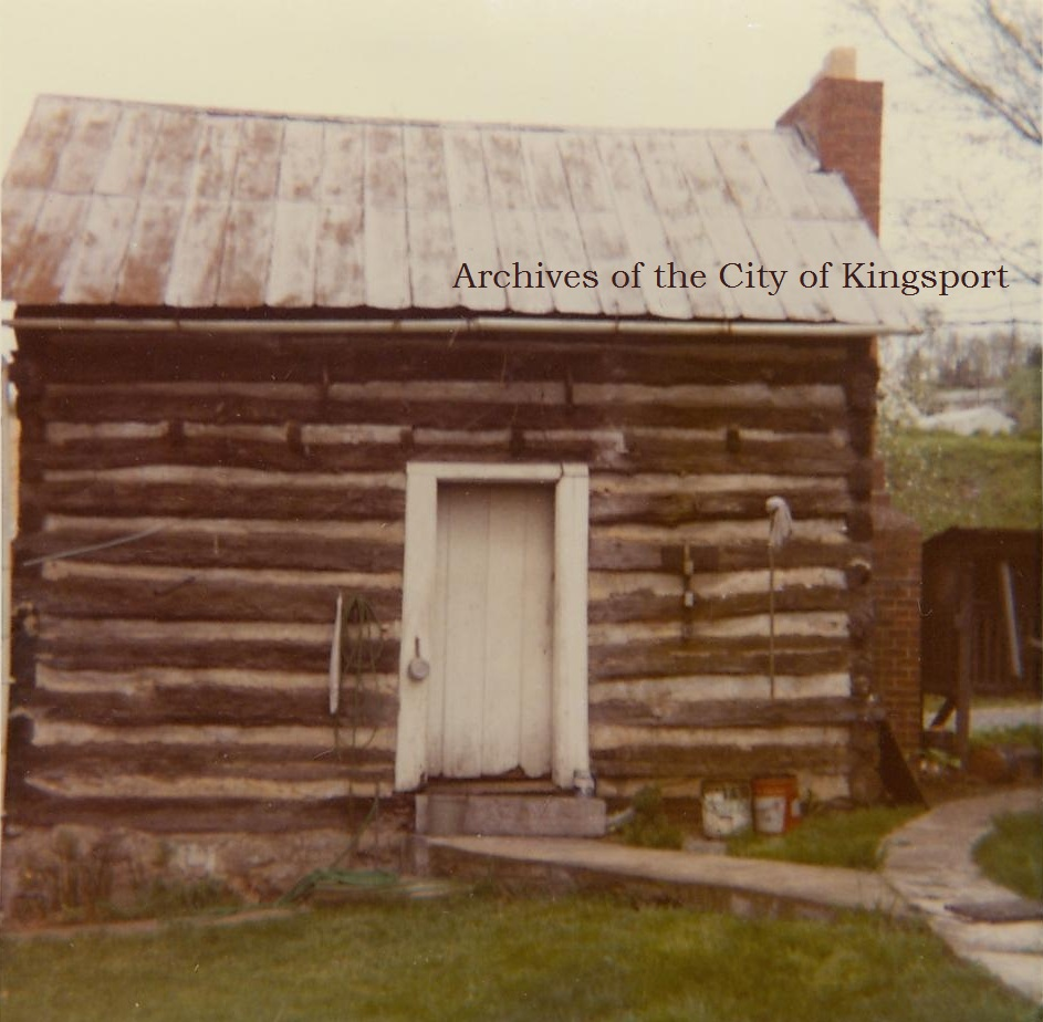The c. 1800 cabin photographed in 1972.