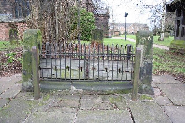Whiston_village_stocks