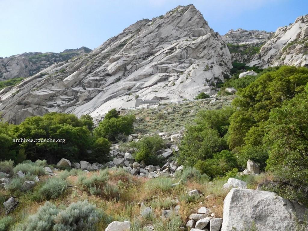 granite1021