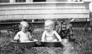Bathing babies from the Red and V.L. Cloud scrapbooks c.1930s (Spoden collection KCMC 516)
