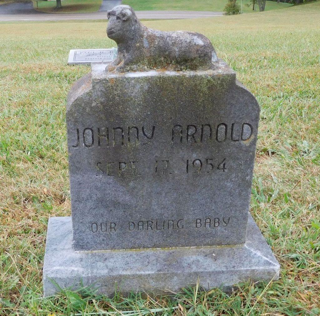 gravestone07